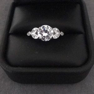 NWOT 925 sterling silver ring